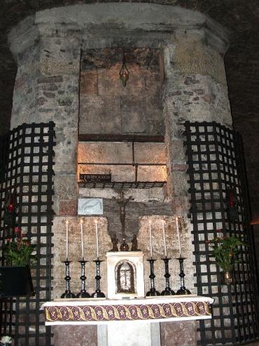 S. Francesco tomb