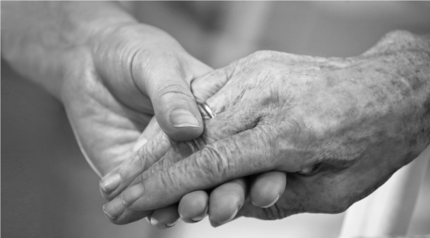 BW_Helping_Hands6