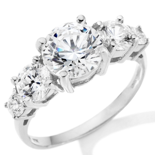 absolute-graduated-5-stone-anniversary-ring-d-20111028230613547150412_040