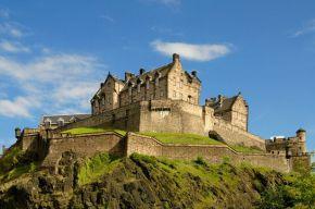 Edinburgh-Castle-Pic-DRJPG